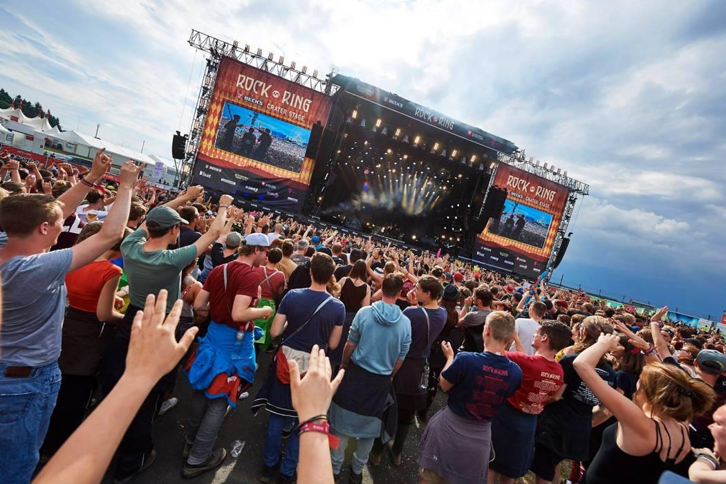 Interrumpen festival de rock en Alemania por alarma terrorista
