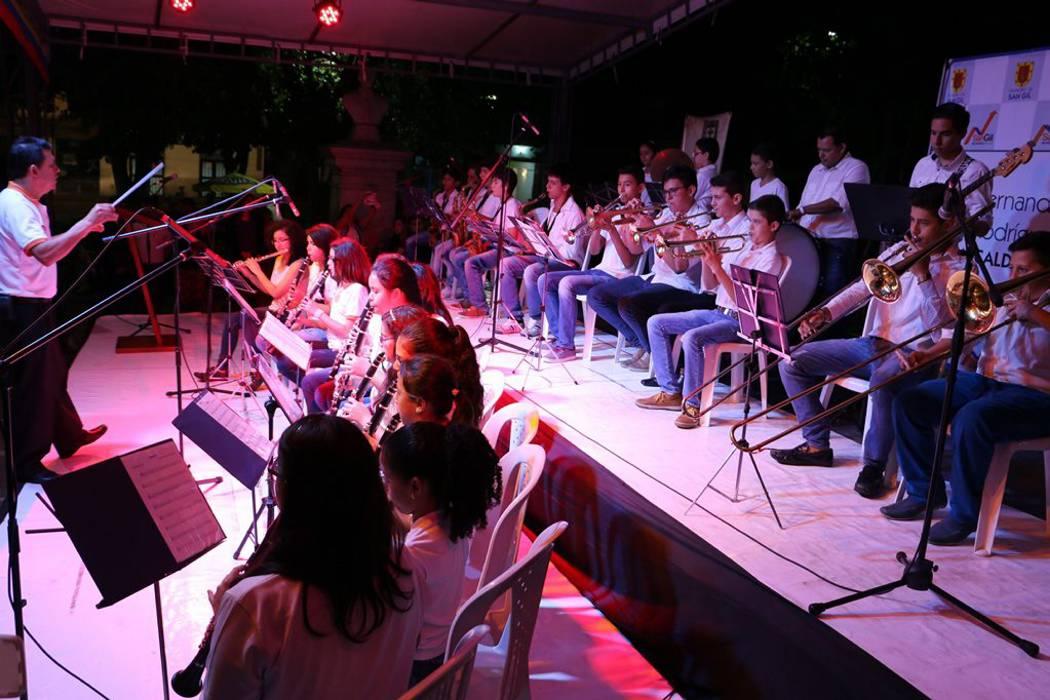 Inició Festival de Escuelas de Formación Artística