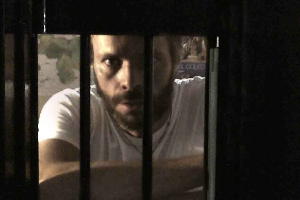 """Leopoldo López grita desde la cárcel: """"¡Me están torturando!"""""""