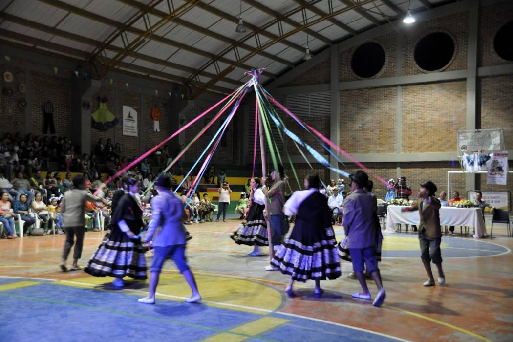 Encuentro Internacional de Danza en Confines