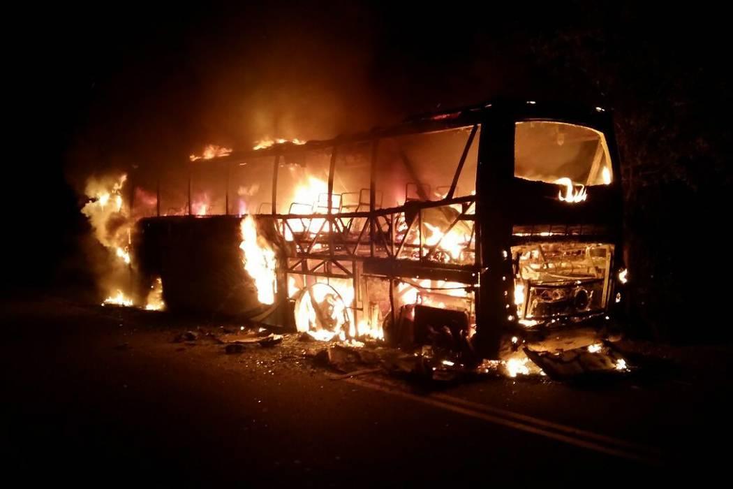 Bus de Copetran que se incineró no dejó heridos