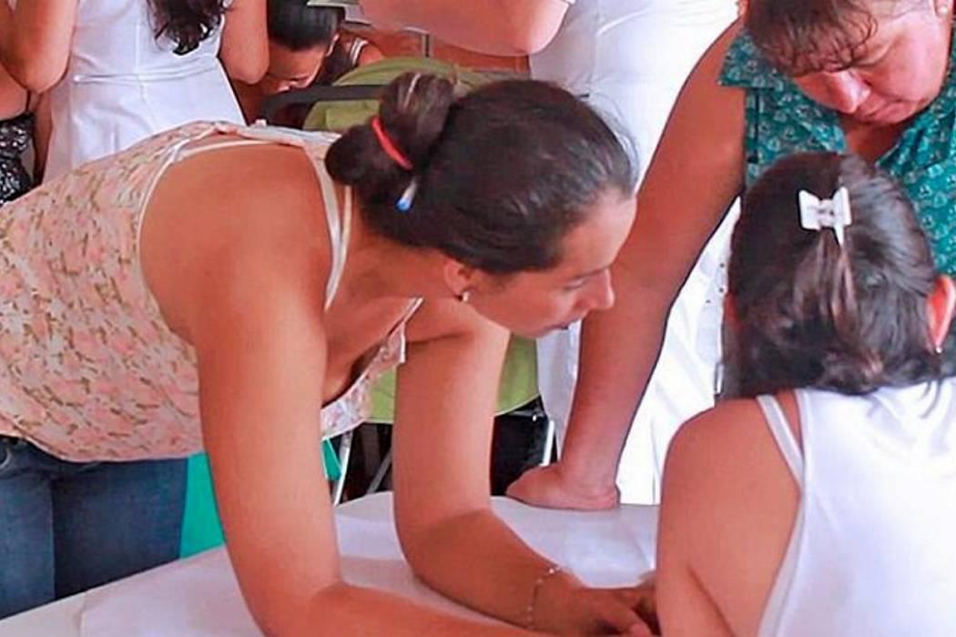 Encuentros de bienestar comunitario con madres de Familias en Acción