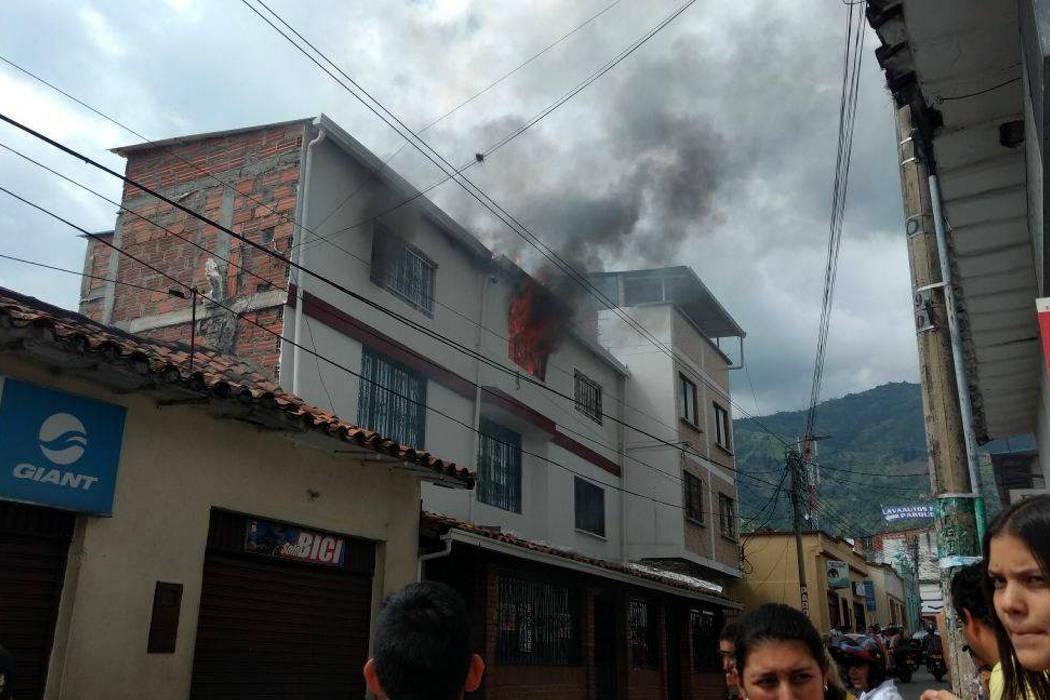 Un incendio alarmó a la comunidad en Piedecuesta