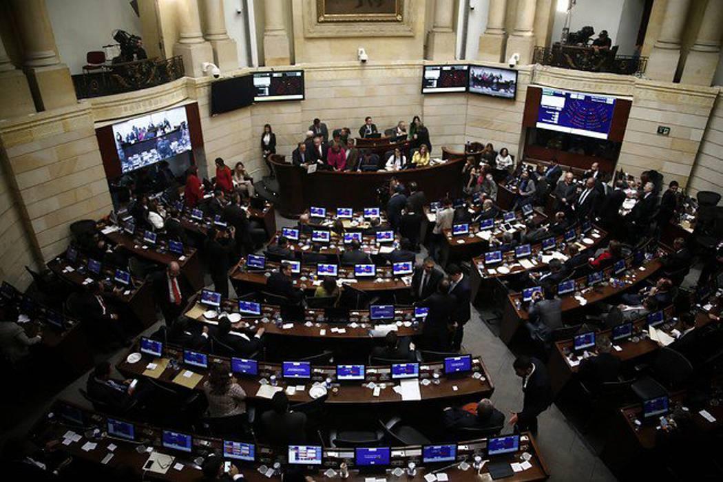 En segundo debate, Senado aprueba circunscripciones de paz