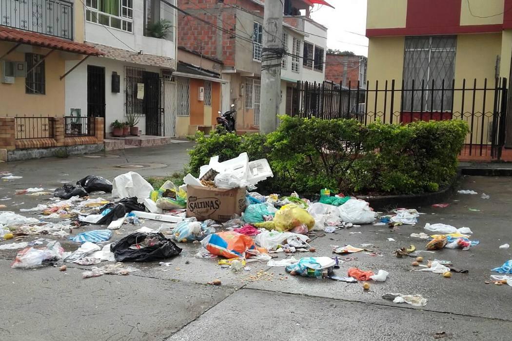 Por el cambio de horario  en recolección, hubo caos por basura en Piedecuesta