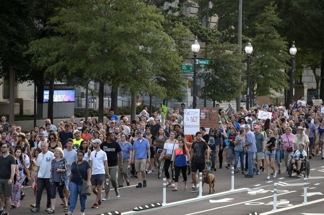 "Ataque de Charlottesville es ""terrorismo doméstico"""