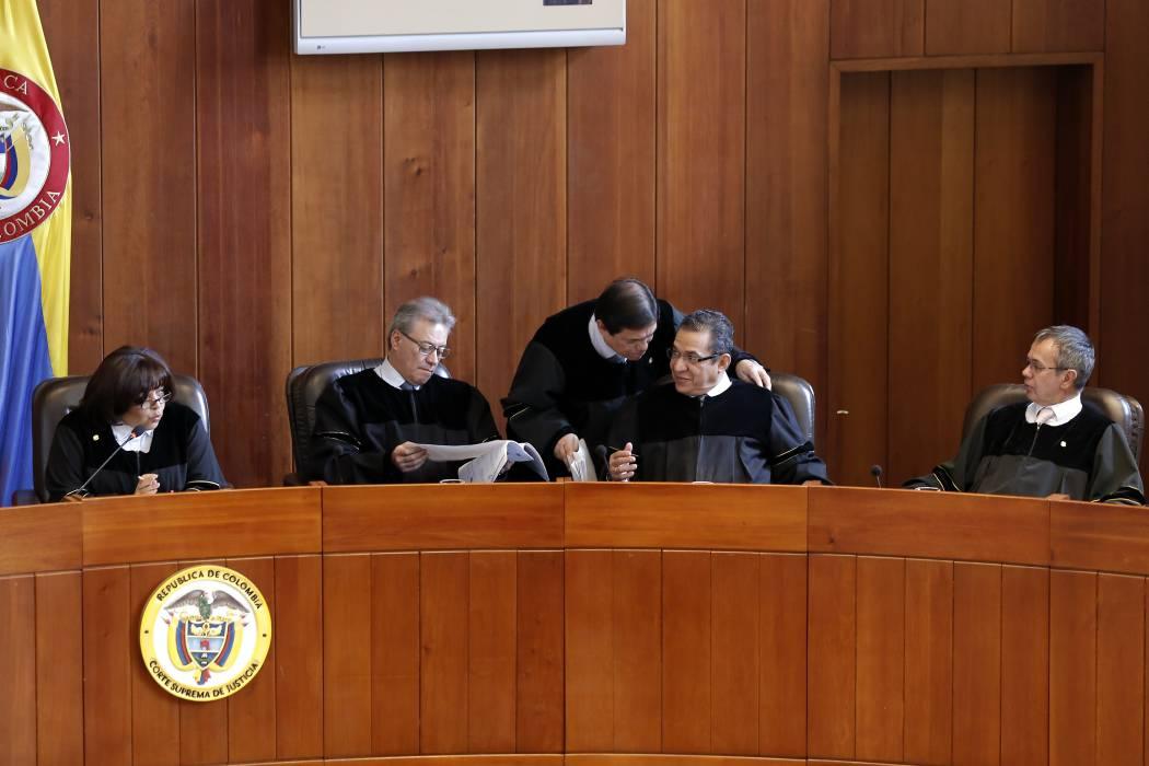 Solicitan investigación contra dos expresidentes de la Corte Suprema por presunta corrupción