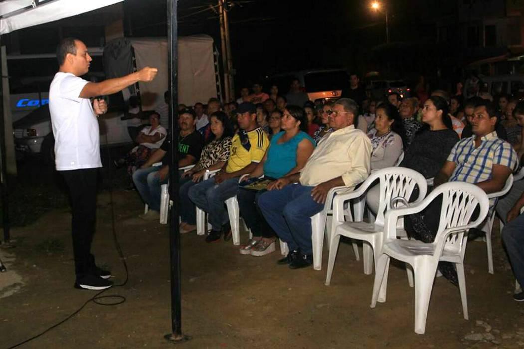 La Alcaldía de Girón y la comunidad se reunieron para el reporte de obras