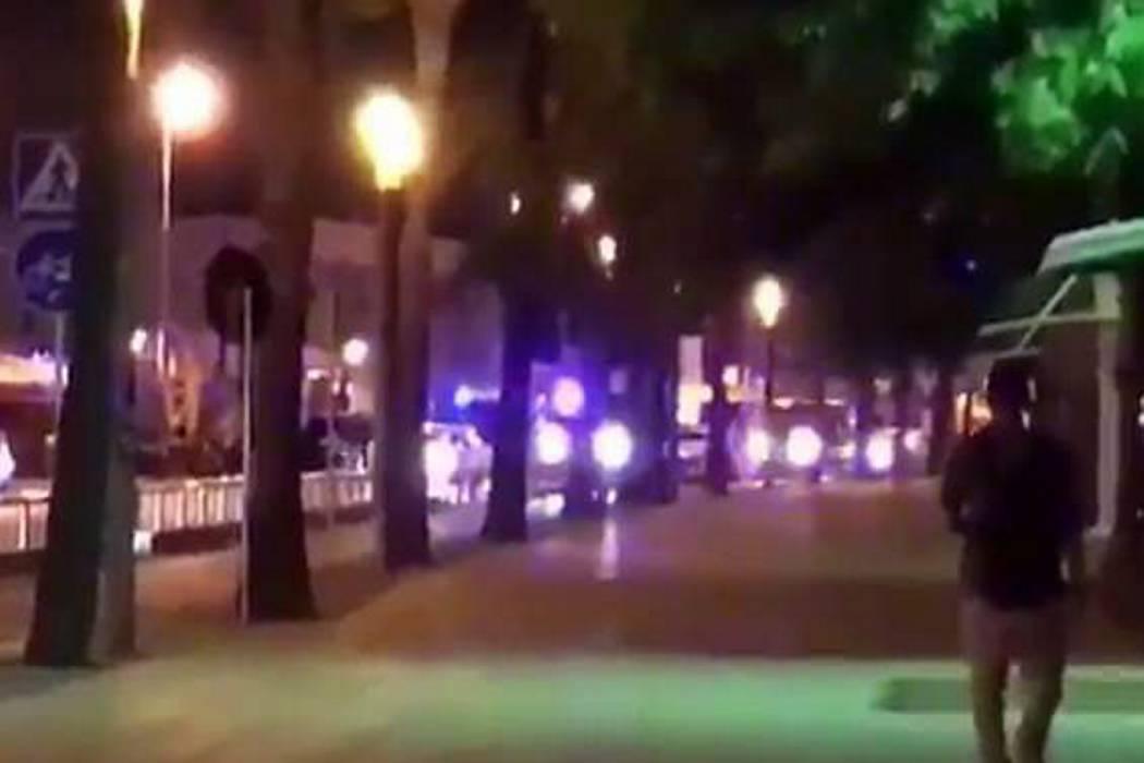 Nuevo ataque cerca a Barcelona, cuatro presuntos terroristas muertos