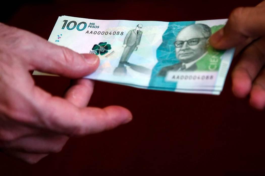 Como no hay cajeros adaptados, muy pocos billetes de $100 mil están en circulación