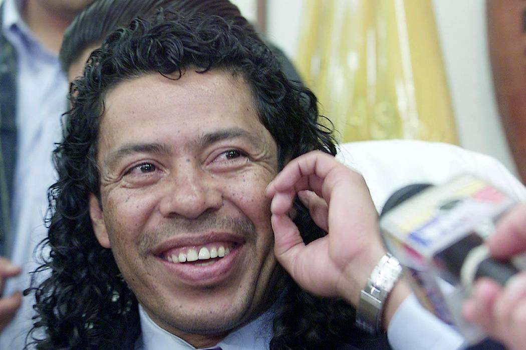 Farc invitan a René Higuita a que haga parte de sus listas al Senado o Presidencia