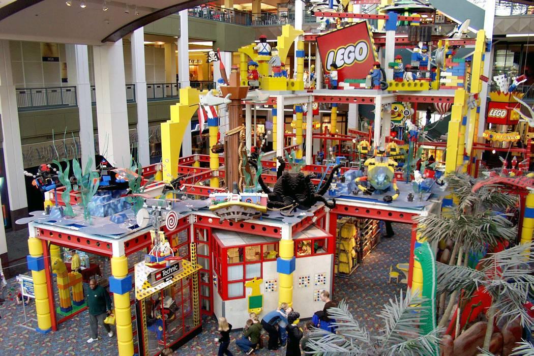 Lego despedirá a 1.400 empleados de planta