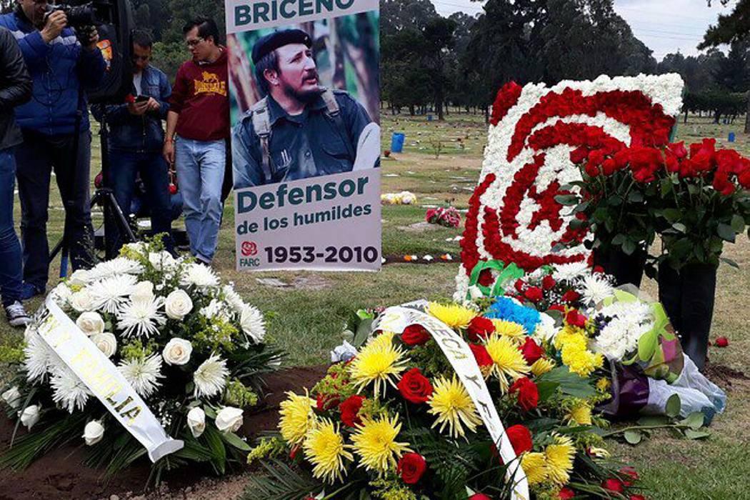 """El polémico homenaje que las Farc le rindió al """"Mono Jojoy"""""""