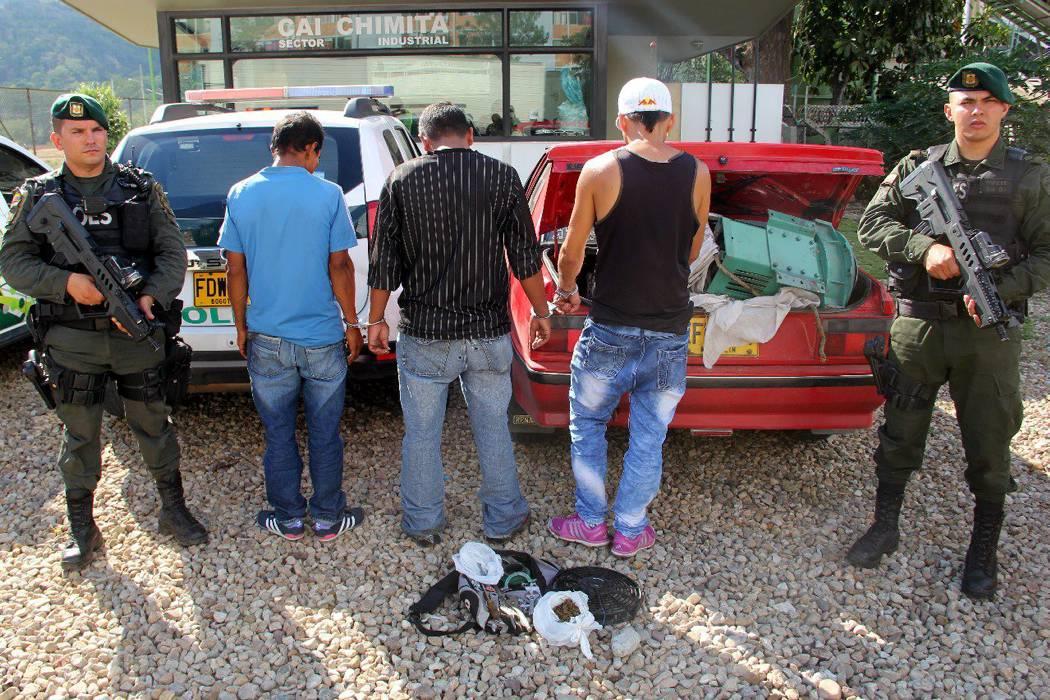 Cayeron tres hombres luego de  hurtar un generador de corriente
