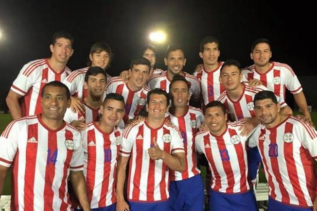 Paraguay se quedó sin su delantero titular para el partido contra Colombia