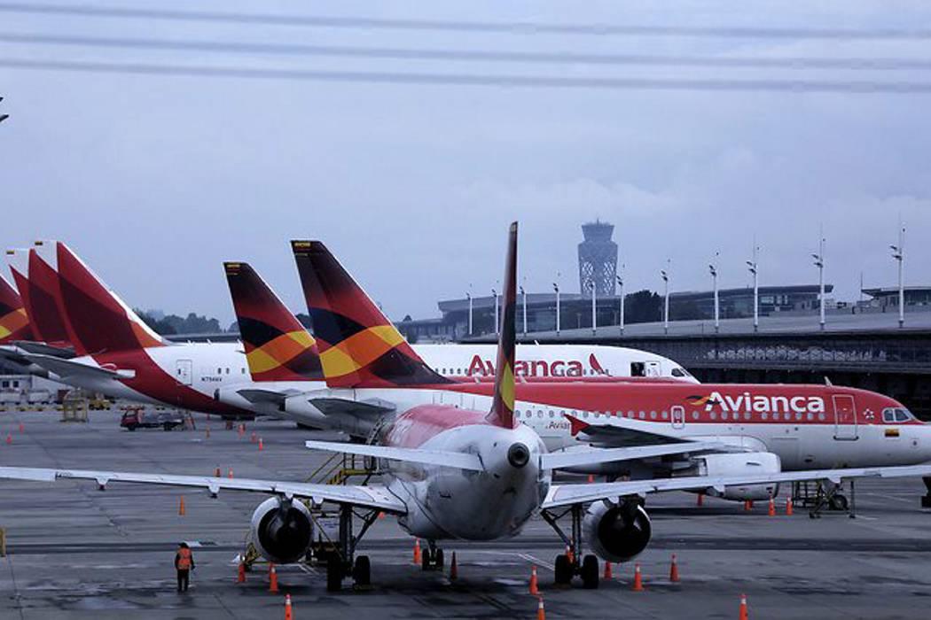 Pilotos de Avianca confirman que se mantienen en huelga