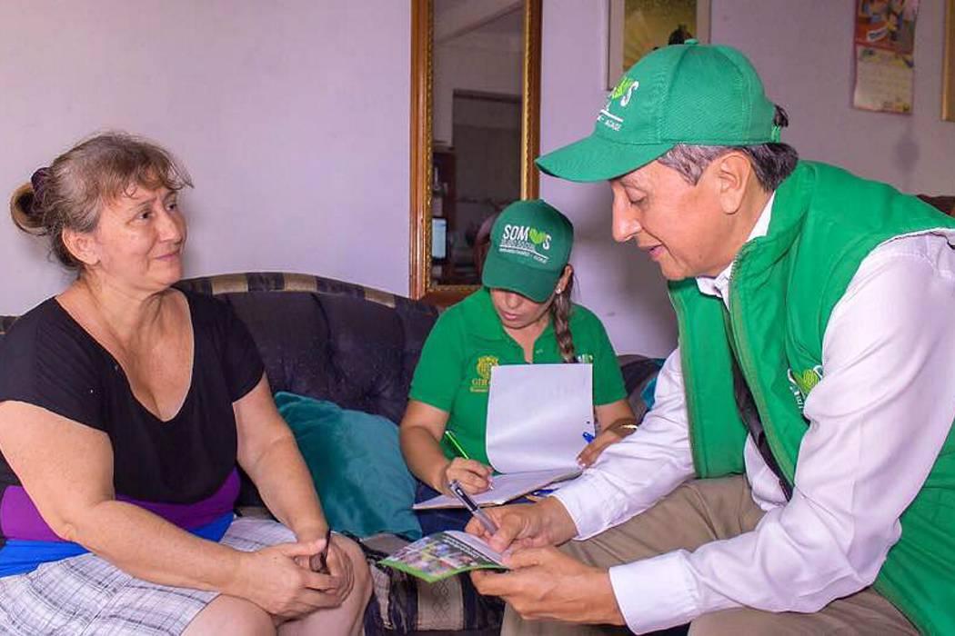 Autoridades locales buscan beneficiarios