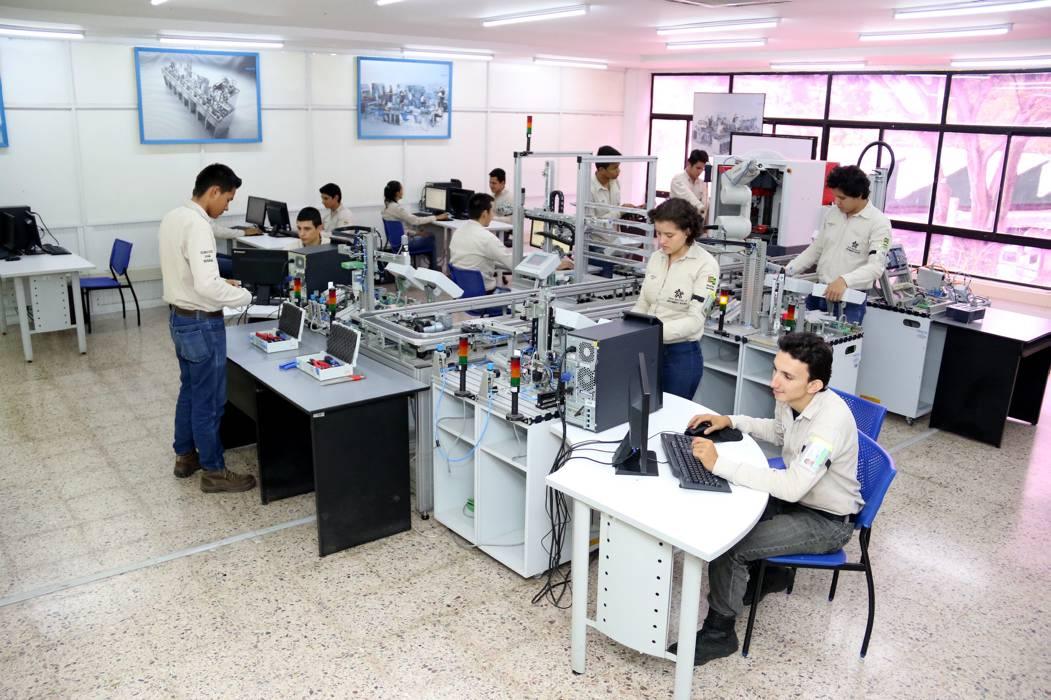 El Sena ofrece cupos para formación de tecnólogos