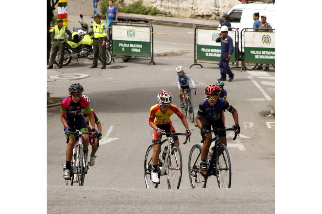 El futuro del ciclismo rodó en La Cumbre