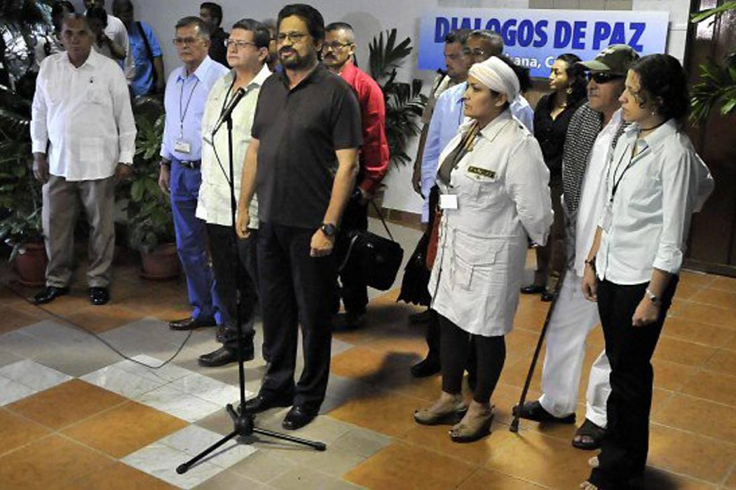 Comunidad internacional comienza a reconocer el proceso de paz: Rivera