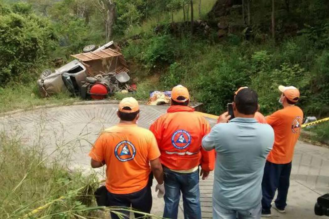 Dos accidentes de tránsito aislados dejaron dos muertos y varios heridos