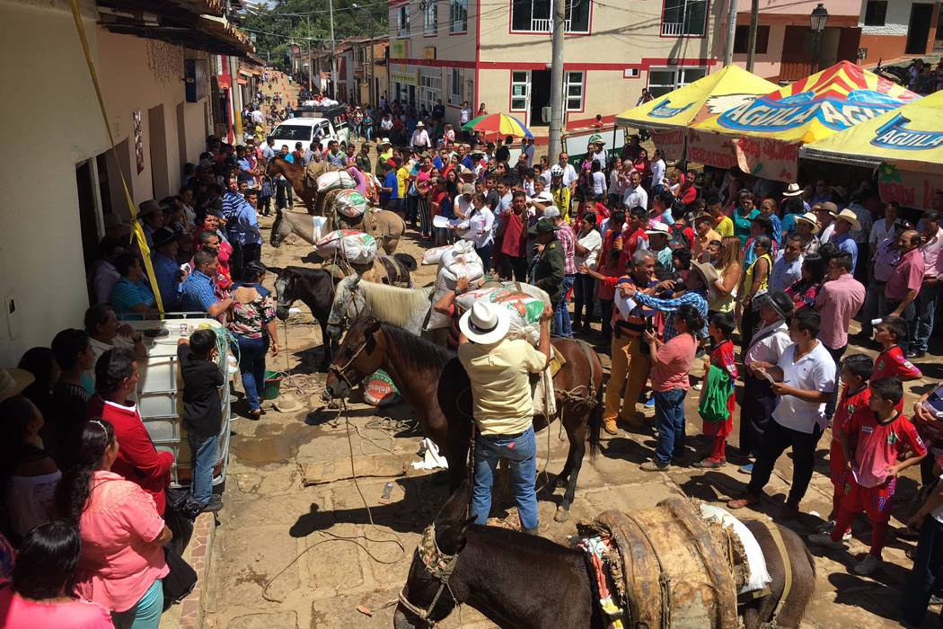 Campesinos conmemoraron la fiesta del corpus christi Noticias del dia en el mundo del espectaculo