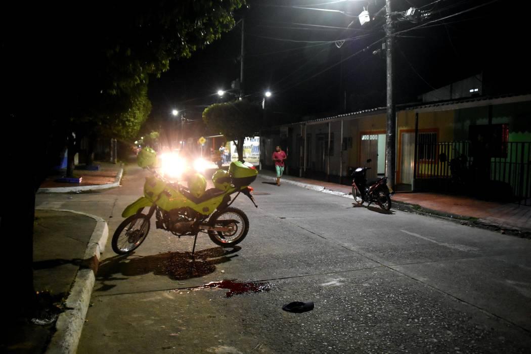 A bala atacan hombre en el María Eugenia