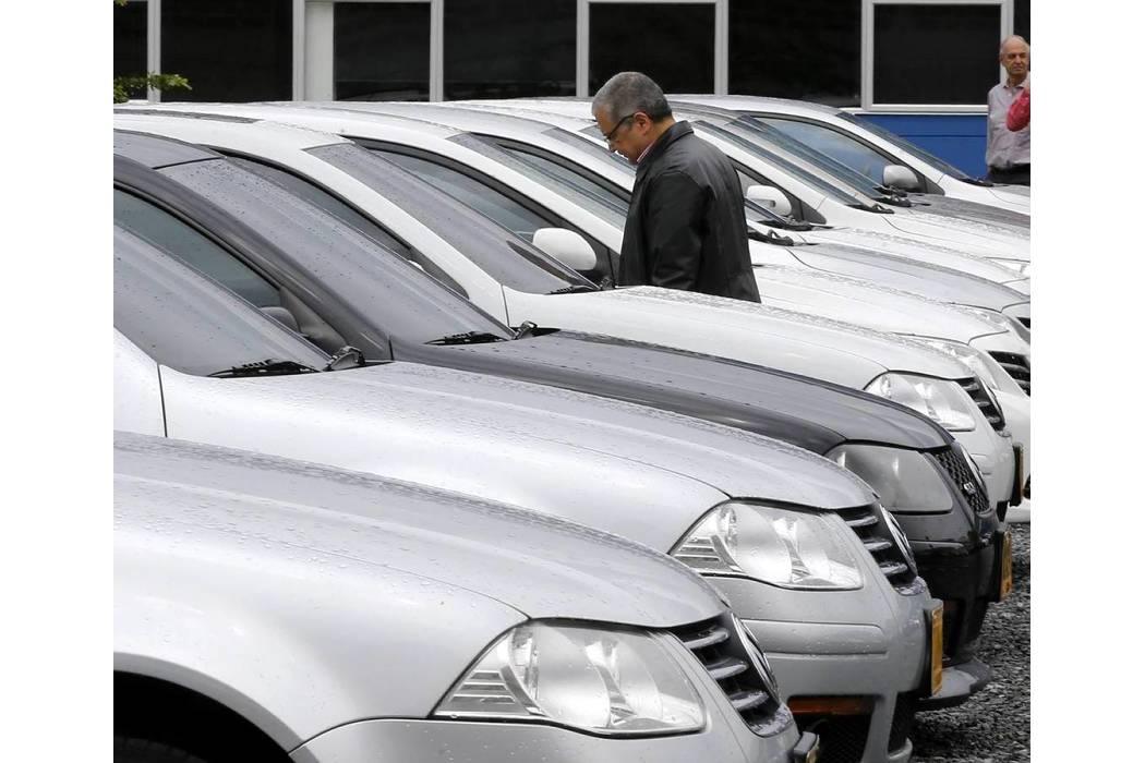 Sector automotor sentirá la baja de tasas de interés desde junio del próximo año