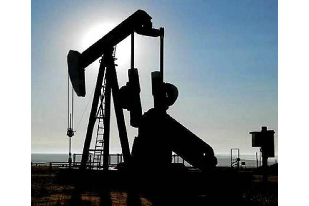 El petróleo comienza el año con nuevos máximos