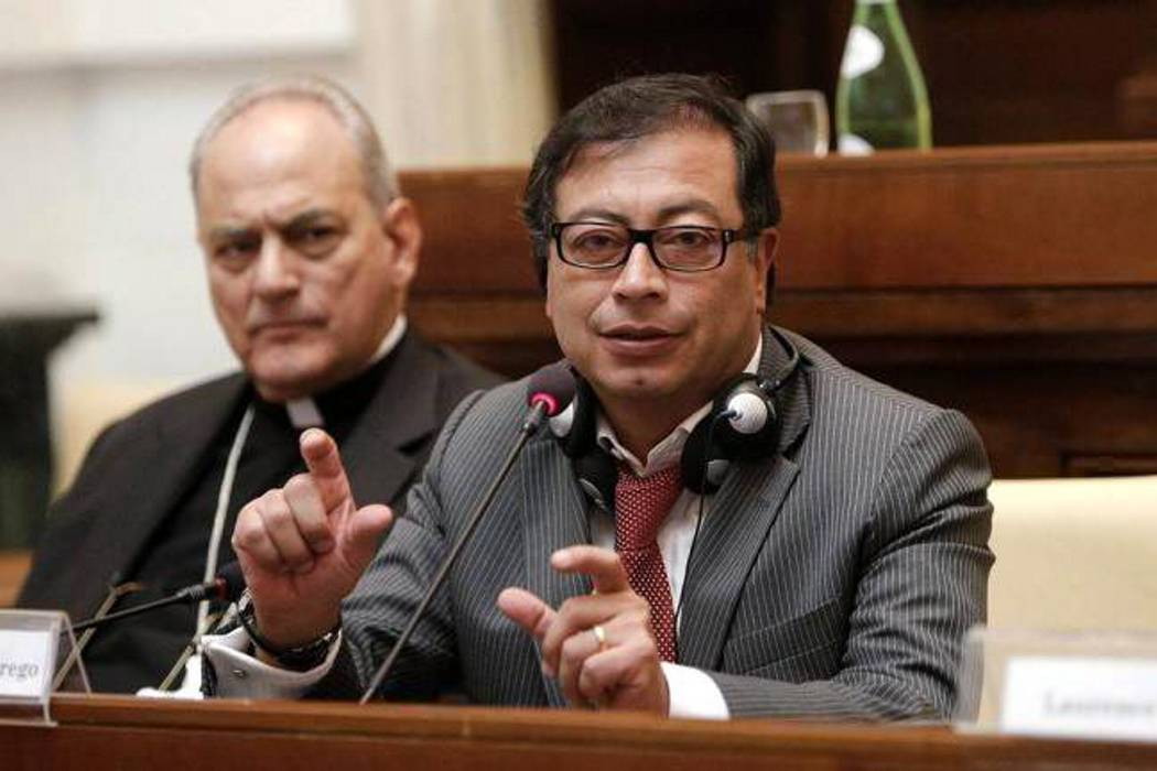 Contraloría de Bogotá levantó inhabilidad contra Gustavo Petro