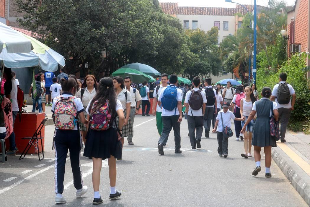 Icbf estudiará la relación entre entornos familiares y educativos en Bucaramanga