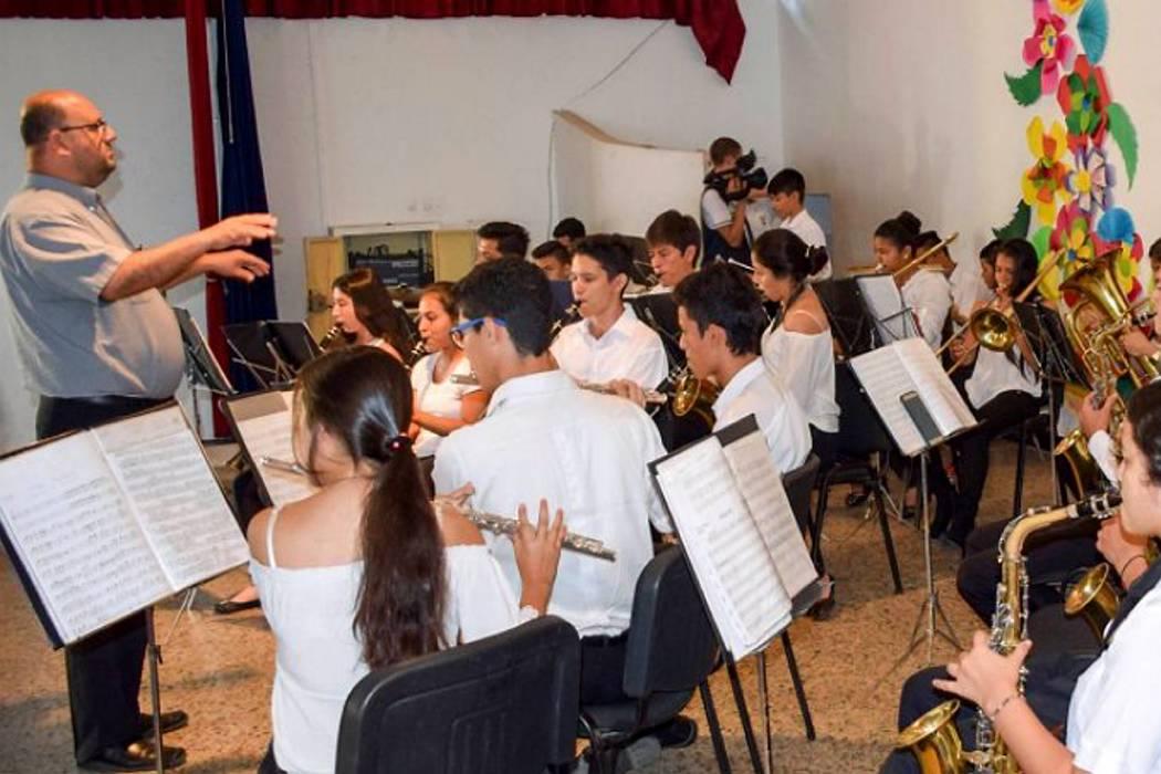 Polémica por presuntos recortes en clases de música en el Inem de Bucaramanga