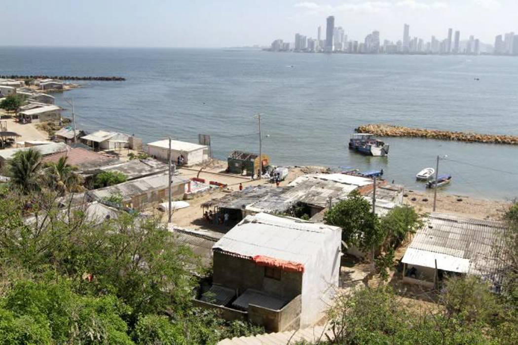 Buscan a cinco pescadores que desaparecieron hace cuatro días en mar de Cartagena