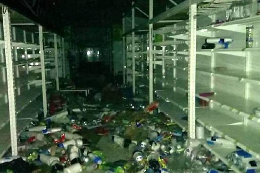 Decretan toque de queda en municipios donde saquearon supermercados relacionados a las Farc