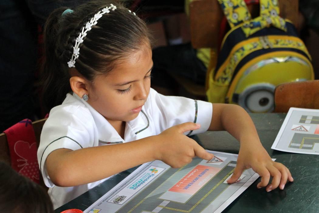 En las aulas de clase se abre espacio a la educación vial