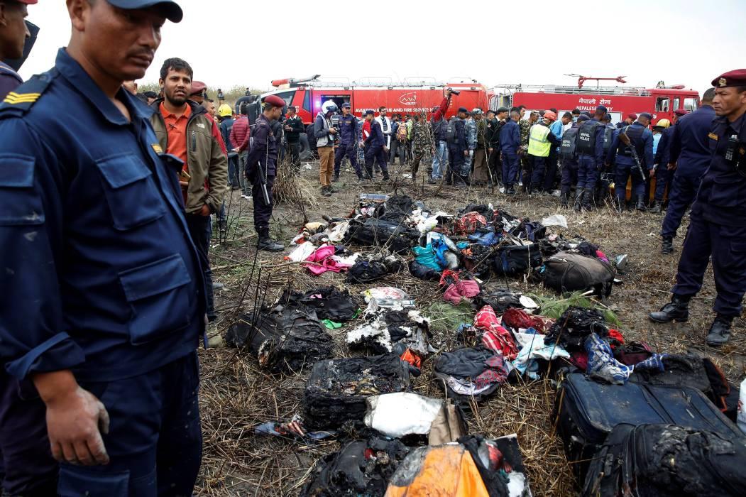 Medio centenar de muertos en el peor accidente aéreo en Nepal