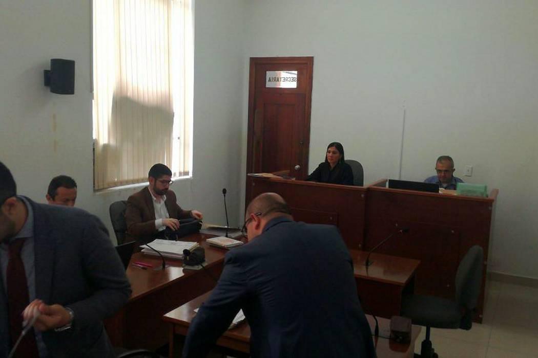 Suspenden audiencia de acusación contra exsecretaria de Educación