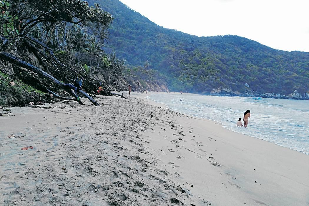 Un santandereano en la playa nudista del Tayrona