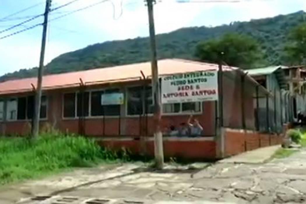 Fallo ordena desmontar aulas en colegio de Pinchote