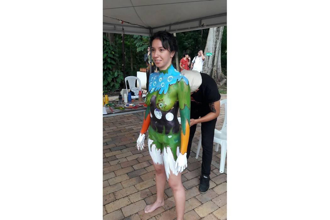 Imaginación y mucho color en el Festival  de Pintura Corporal