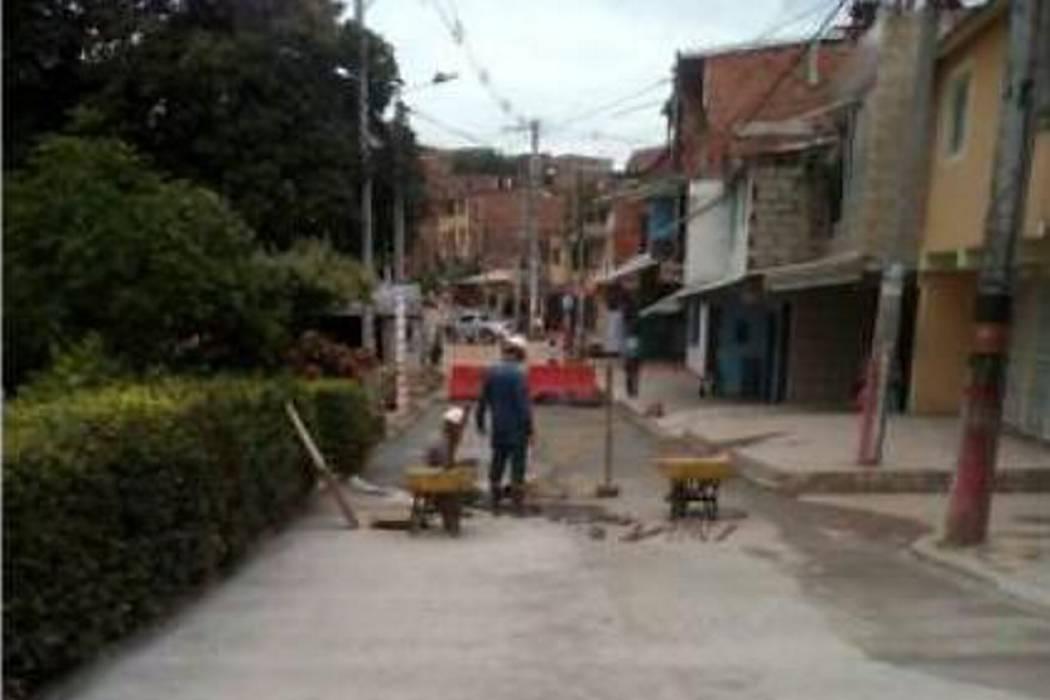 Comunidad de Barroblanco, En Piedecuesta, celebró las obras en la carrera quinta