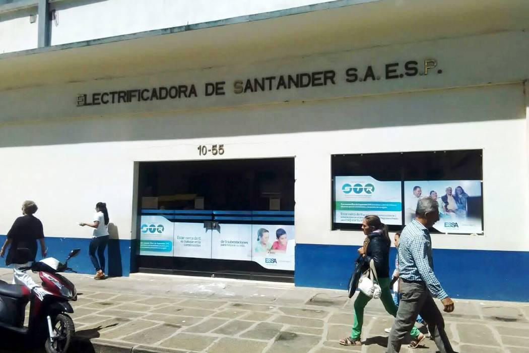 Frecuentes cortes de electricidad generan molestias en San Gil