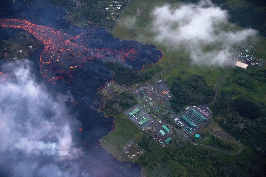 Lava de volcán hawaiano llega a las islas Marshall