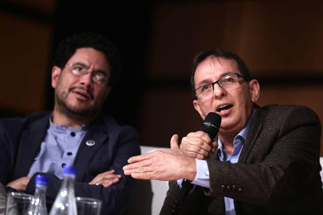 Directivas del Polo Democrático definen apoyo a Gustavo Petro