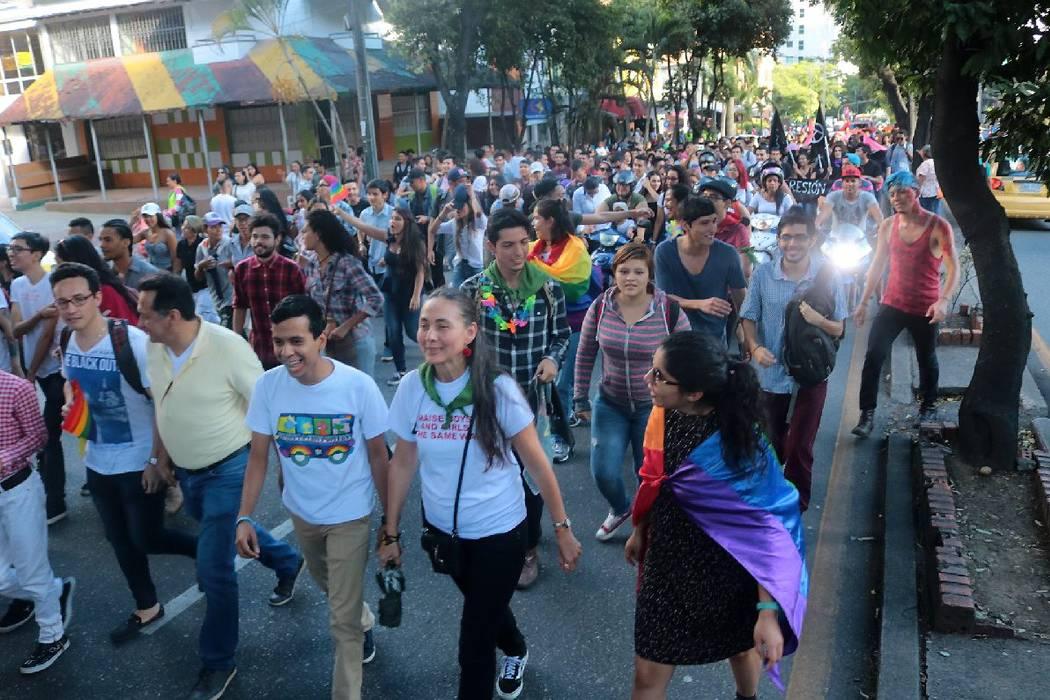 Masiva participación en la marcha del orgullo Lgbt en Bucaramanga