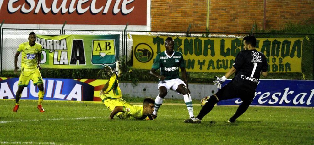 Atlético Bucaramanga intentará clasificar a las semifinales de la Liga Águila II de 2016, cuando visite hoy, a las 7:00 p.m., al Deportivo Cali, en el enfrentamiento de vuelta de los cuartos de final. En el duelo de ida, en Floridablanca, el club 'leopardo' se impuso 2-1.