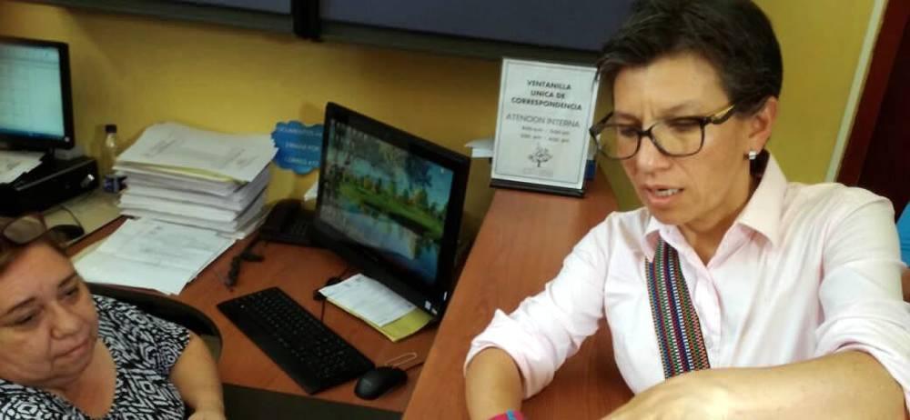Vea la denuncia de corrupción que hizo Claudia López al PAE de la Gobernación de Santander