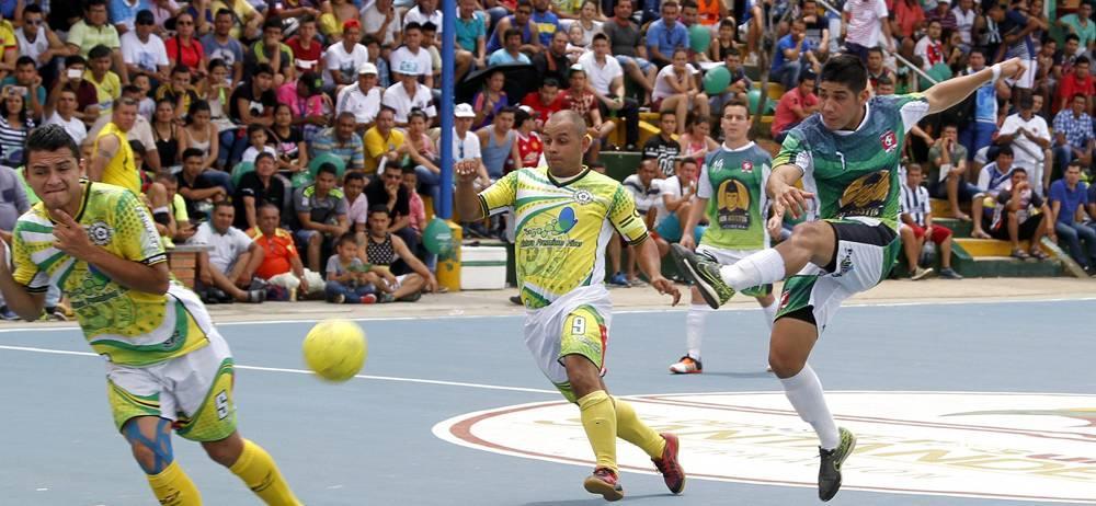 Desde el próximo 26 de marzo, en cinco escenarios de Bucaramanga y el área metropolitana, rodará el balón en el marco del Torneo de Fútbol Sala Q'Hubo, que tendrá 300 equipos en acción, los cuales lucharán por una bolsa de premios superior a los 60 millones de pesos.