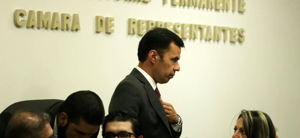 Rodrigo Lara, presidente de la Cámara, insinuó que la reforma política solo busca beneficiar al precandidato a la presidencia y exministro del Interior, Juan Fernando Cristo.