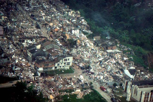 Fotos del terremoto en armenia colombia 25